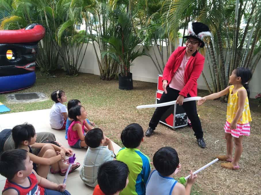 Kids-Magician-Mr-Rabbit